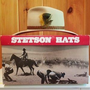 NIB Vintage Stetson Aussie Suede Hat
